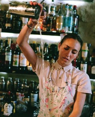 Bartenders at work by Infosbar : Le CV Express de Keila Urzaiz de Calignon