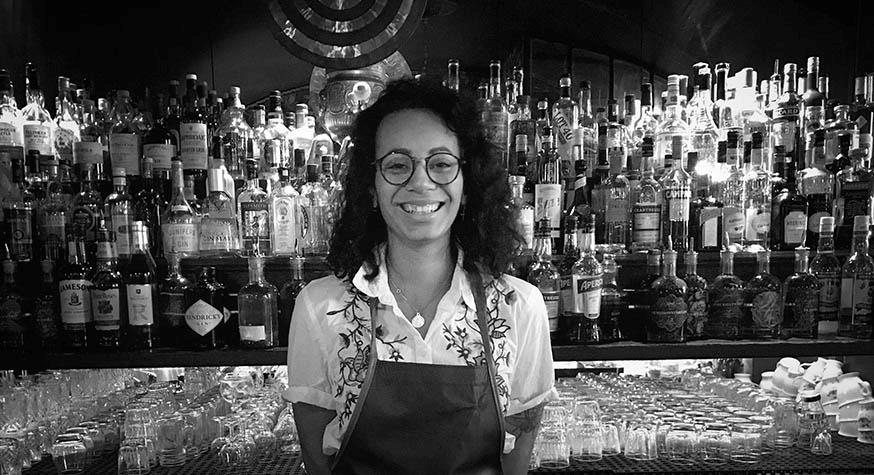 Bartenders at work : Le CV EXPRESS de Julie Cétan
