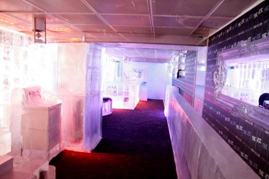 Le nouveau Ice Bar du Kube Hotel / Photo : Anis -Weemove