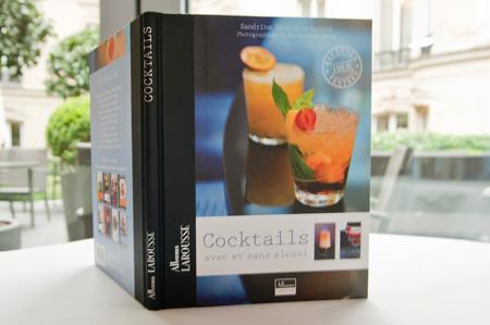 Album Cocktail avec ou sans alcool - Éditions Larousse (7,90 €) // © Taoufik Lazrak