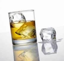 Alcool frelaté : plus de 150 morts en Inde