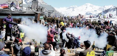 Concours La Folie des barmen de Tignes et Val d'Isère