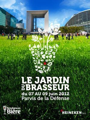 """Heineken installe son """"jardin du brassseur"""" à la Défense"""