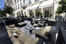 Garden Bar Lounge