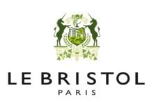 Le Harper's Bazaar Bar fait son retour au Bristol pour la Fashion week