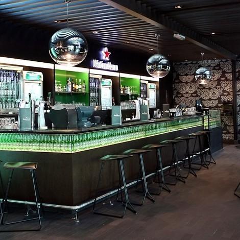 Heineken ouvre un salon à l'aéroport de Dubaï