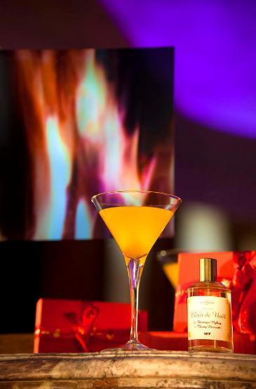 Elixir de Noël au Bar du Plaza Athénée // ©facebook.com/HotelPlazaAthenee