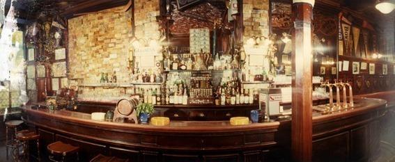 Harry's New York Bar // DR