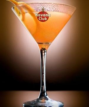 """Cocktail """"Daiquirí Isula"""" // © Havana Club"""