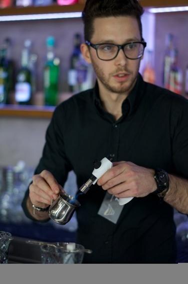 Finaliste Trophées du bar 2013 : Nicolas Goradesky de l'Albarino // DR
