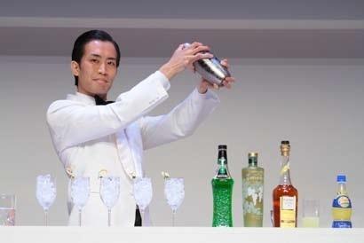 Suguru MAKINAGO, Barman au Leigh Islay à Osaka // DR