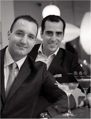 Sébastien et Daniel, les deux barmen du Bel Ami // DR