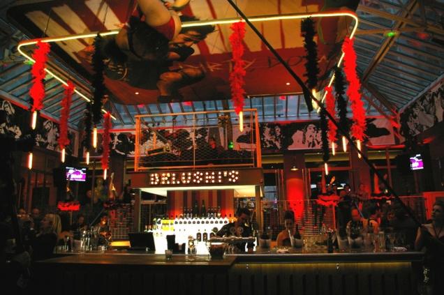 Bar rock Belushi's Gare du Nord // © Caroline Jolivet