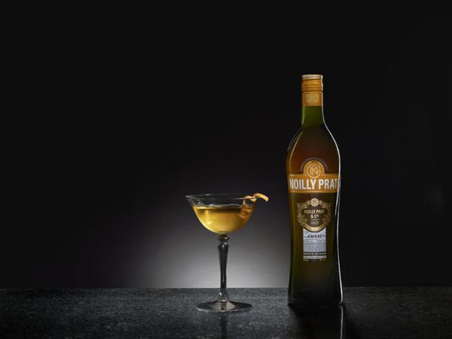Noilly Prat® Ambré Martini Cocktail // DR