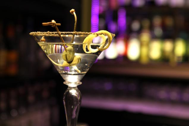 """Cocktail GREY GOOSE CAVIAR """"BY FOUQUET'S"""" // © JP Parienté / Fouquet's"""
