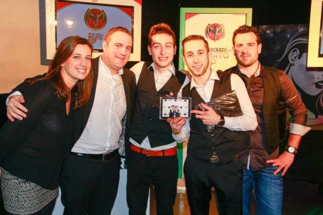 L'équipe gagnante de la présélection Lille, entourée du jury // DR