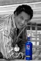 Nouvelle bouteille 51 : le pack Serge Blanco défend nos couleurs