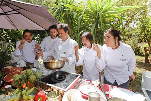 Sofia Essaidi, Saida Jawad et Lola Dewaere autour de Christophe Leroy et Marc Ales