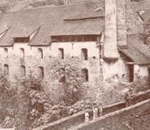 Lieu dit Trou Vaillant : vue d'une sucrerie de Saint James édifiée par le Père Edmond Lefébure