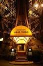 Alain Ducasse s'offre le restaurant Jules Verne au 2 ème étage de la Tour Eiffel