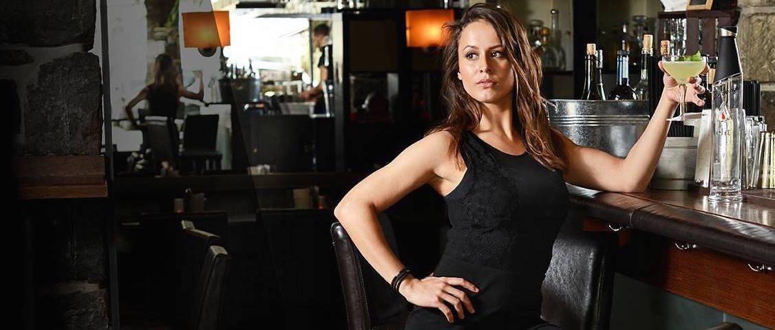 Bartenders at work by Infosbar : le CV express de Cassandra Droz