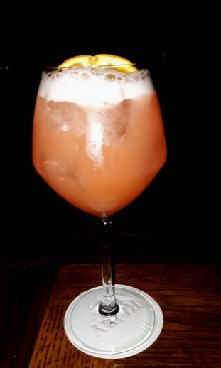 Cocktail « Untitled Orange » // © Infosbar.com