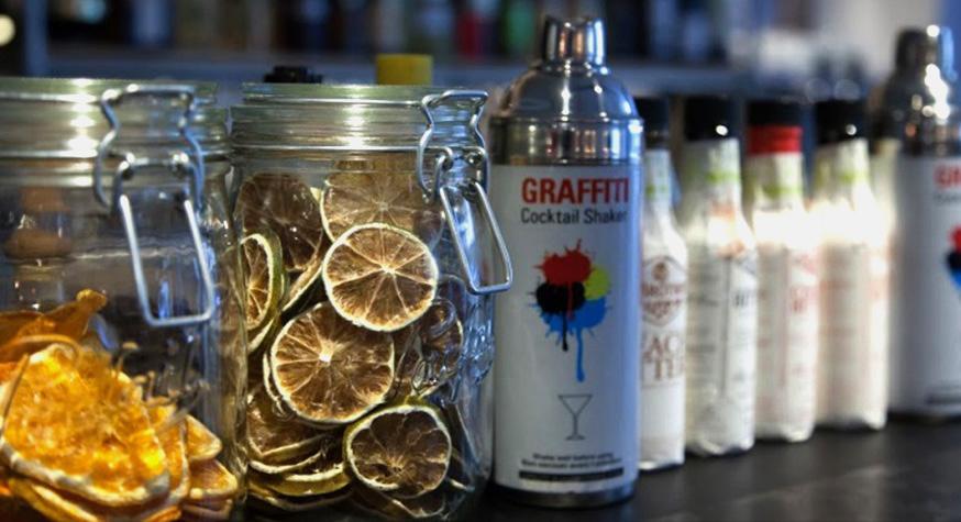 Le FAT : bar à cocktails dédié au hip hop et au street art dans le Marais à Paris