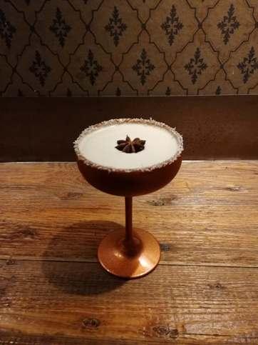 Bartenders at work : Le CV EXPRESS de Ninon Fauvarque
