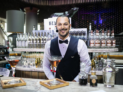 Guillermo Pittaluga et son cocktail Beluga Eternity