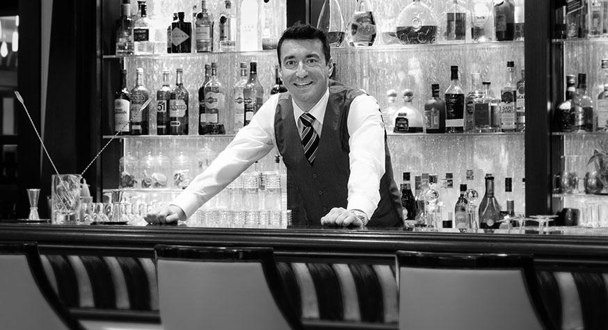 D.R : Emanuele Balestra, chef barman de l'hôtel Majestic Barrière Cannes