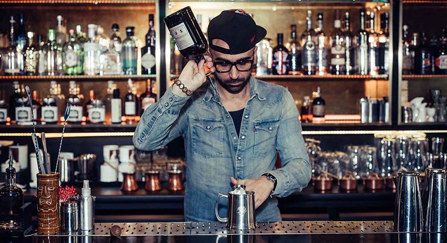 Christopher Gaglione, bartender  propriétaire du bar à cocktails Solera Paris