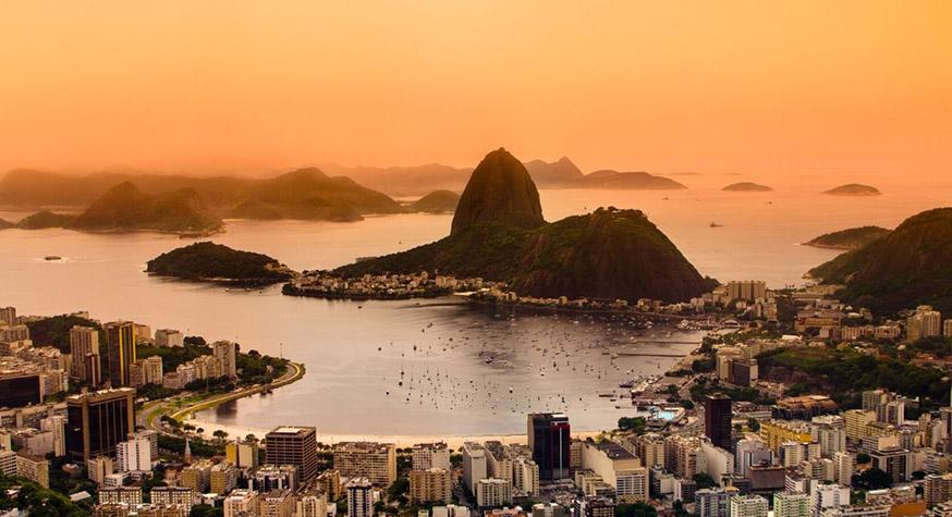 """Rio de Janeiro et son célèbre """"pain de sucre"""""""