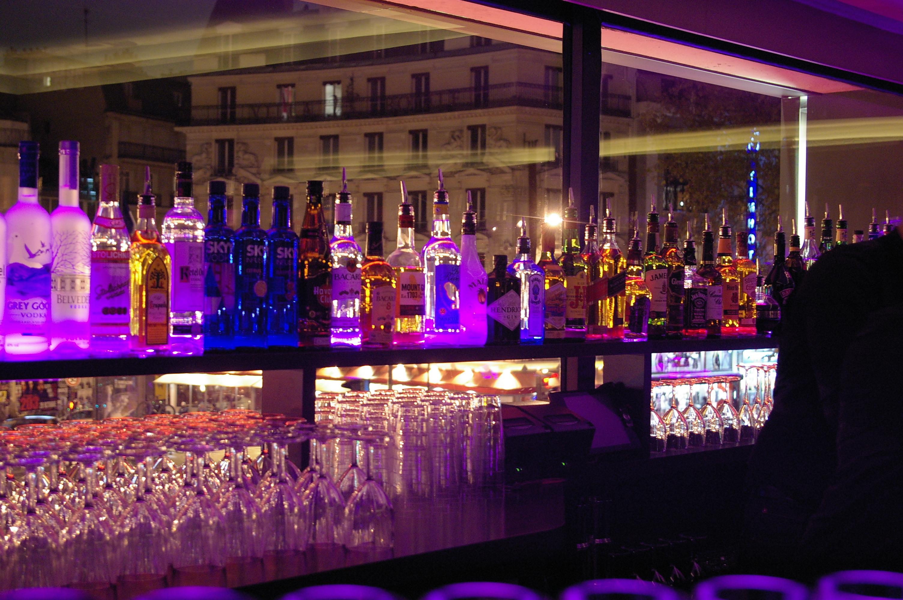 Bar Cocktails au Pigalle // © Caroline Jolivet