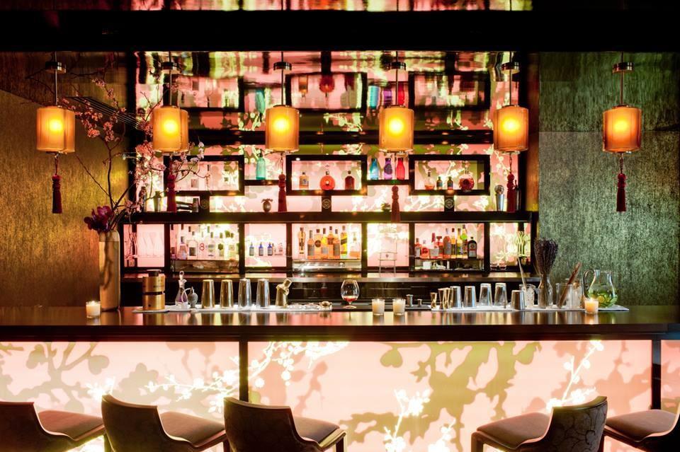 buddha bar hotel paris le qu4tre d voile sa carte de cocktails. Black Bedroom Furniture Sets. Home Design Ideas