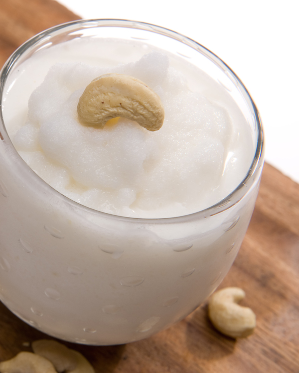 Cocktail Cashew Nut Batida