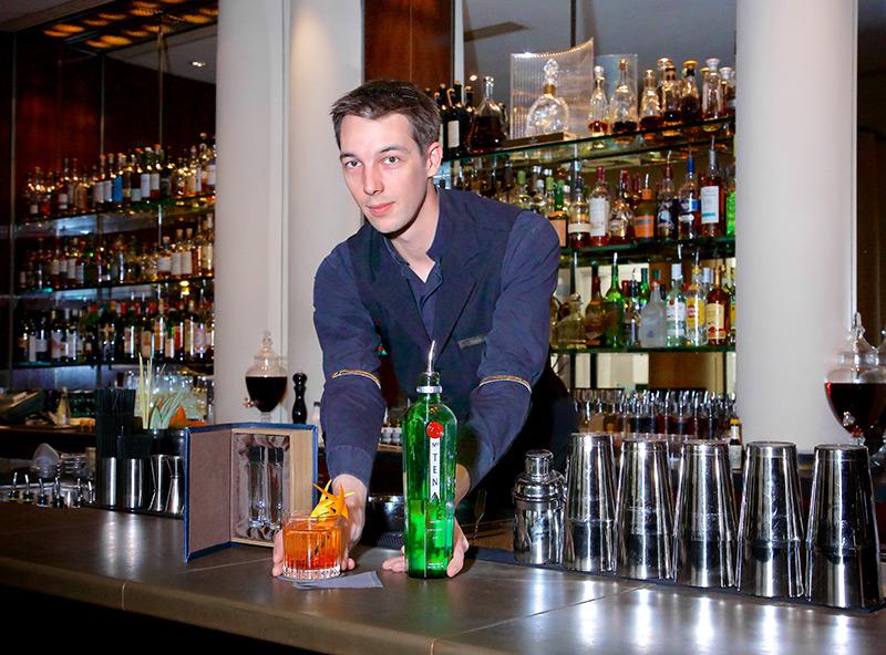 Pierre Massin et son cocktail le Martinez