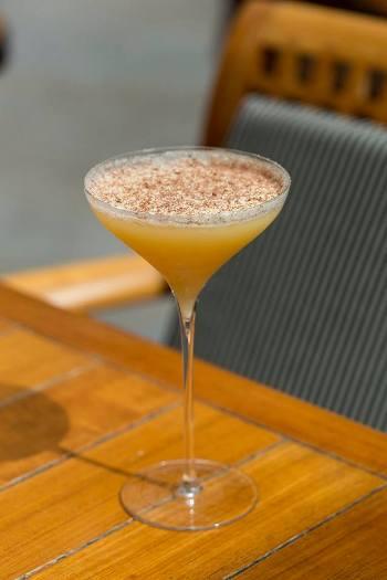 """Cocktail """"Peruvian Drum"""" // © Park Hyatt Paris-Vendôme"""
