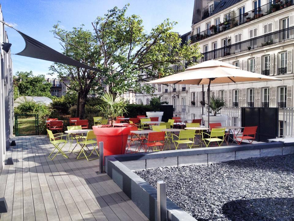 Terrasse du 18.75 Bar Lounge // © Hôtel Mercure Montmartre