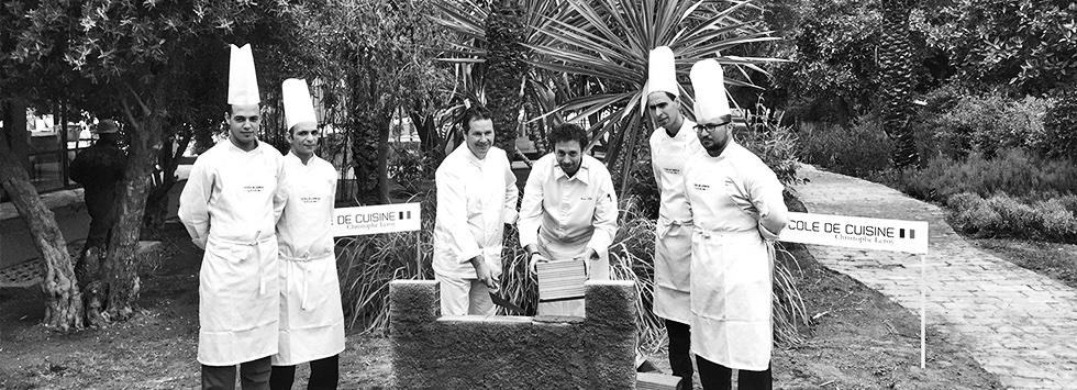 Pose de la 1 ère pierre :Christophe Leroy, Marc Alès et les cuisiniers