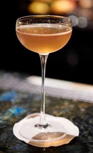 Cocktail au Nikka From the Barrel par William Hetzel