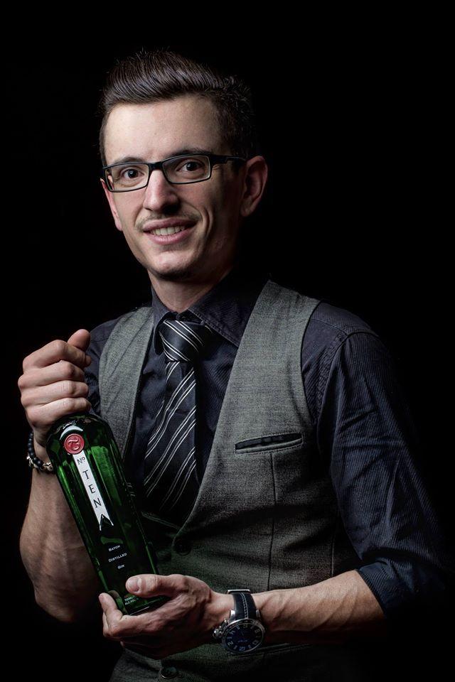 Bartenders at work by Infosbar : le CV express de Florian Henry