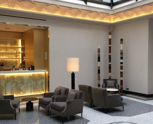 Le bar du Tsuba Hôtel à Paris