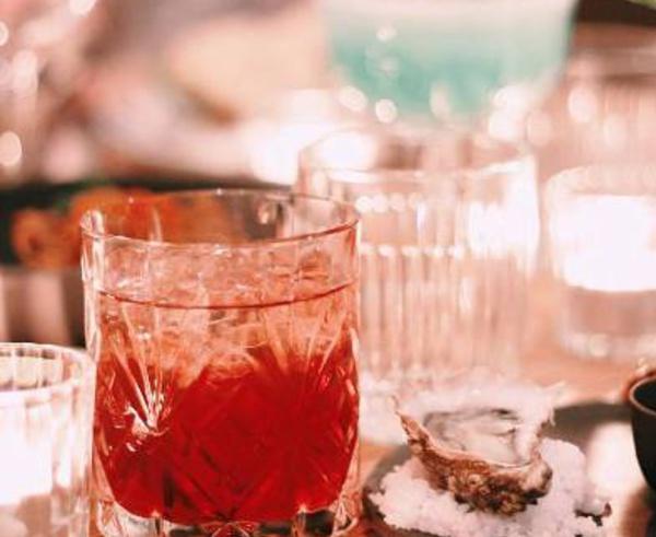 La nouvelle carte cocktails du bar du ISTR