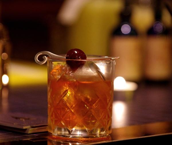 Infosbar Inside : L'Escamoteur à la Cocktail Street