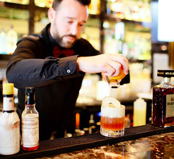 Bartenders at work : Le CV EXPRESS de Karim Pothier