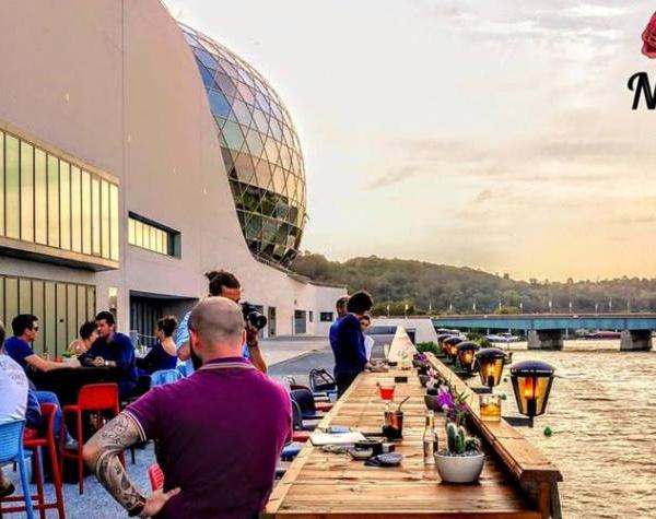 New Rose Cocktail Bar : le bar de La Seine Musicale