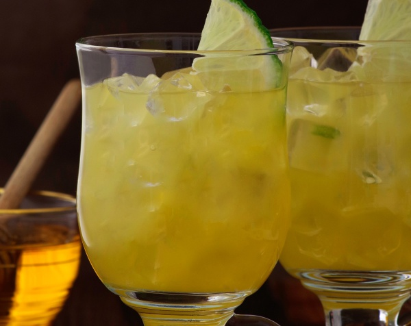 "Cocktail ""Fresh Honey Mood"" by Caraïbos"