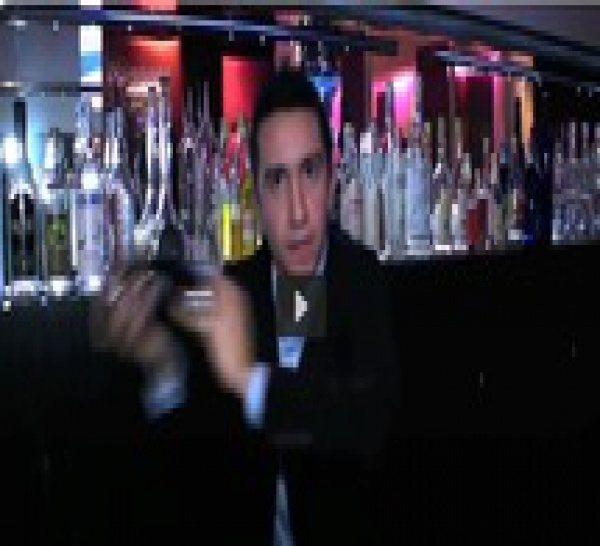 Hedi Mesme, nouveau bar manager de Murano Resort Paris