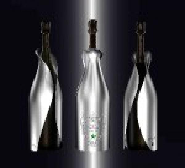 Byblos By Dom Pérignon : une oeuvre unique « Haute-Joaillerie » pour 14 500 €