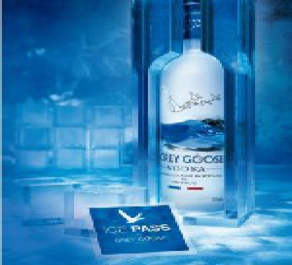 Coffret Collector 'Ice Pass' par Grey Goose Vodka chez colette